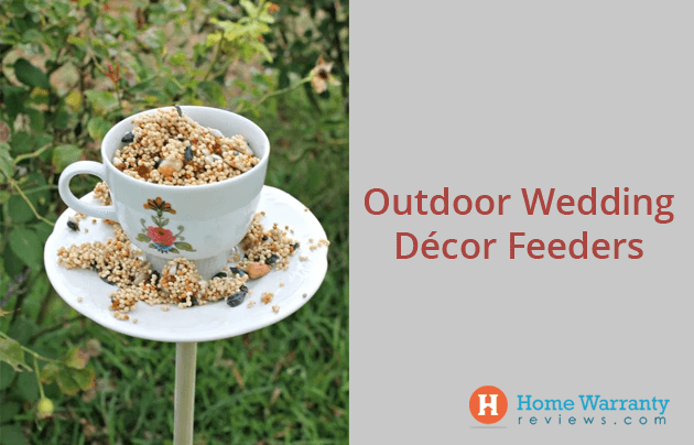 Outdoor Wedding Décor Feeders